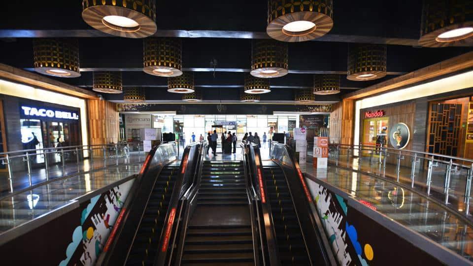 delhi metro nehru place station
