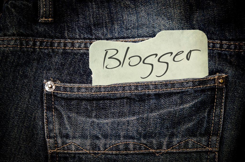 start Your Own Blog to make money online, earn money online