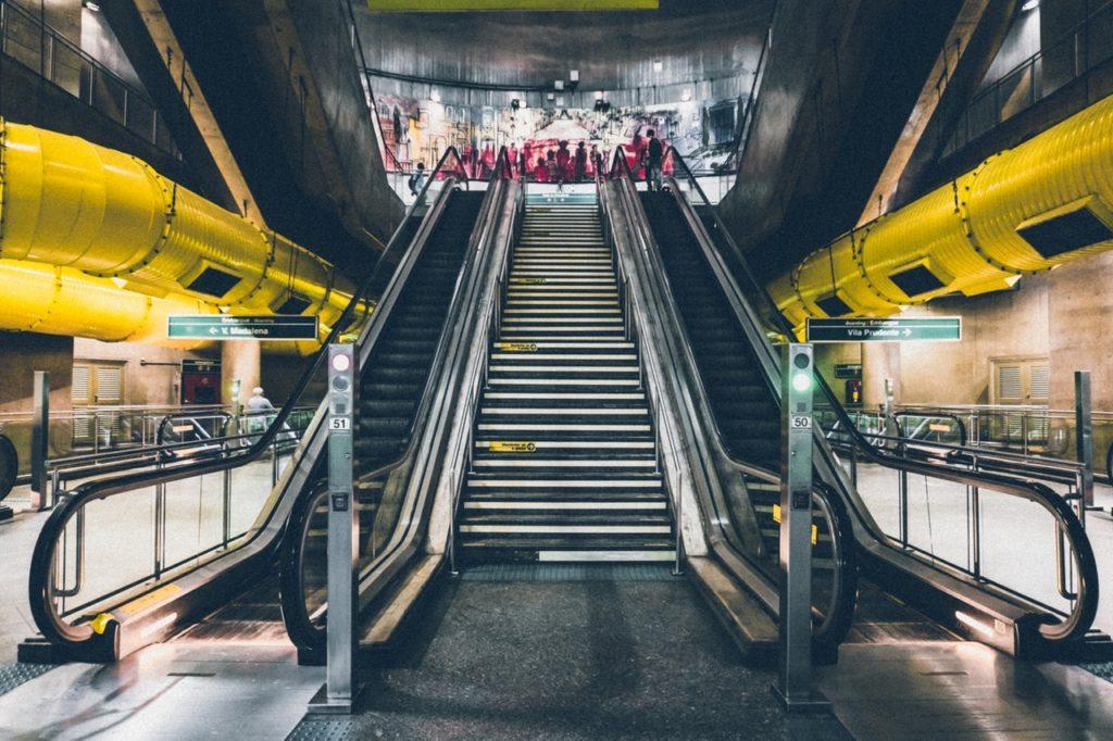 kalkaji metro